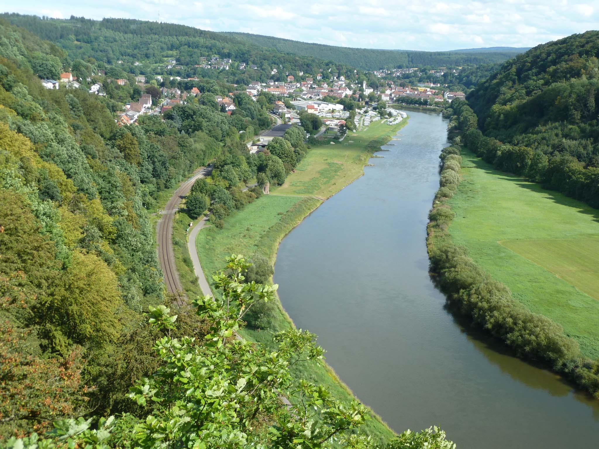 Blick vom Weser Skywalk Beverungen. Bild Schackers